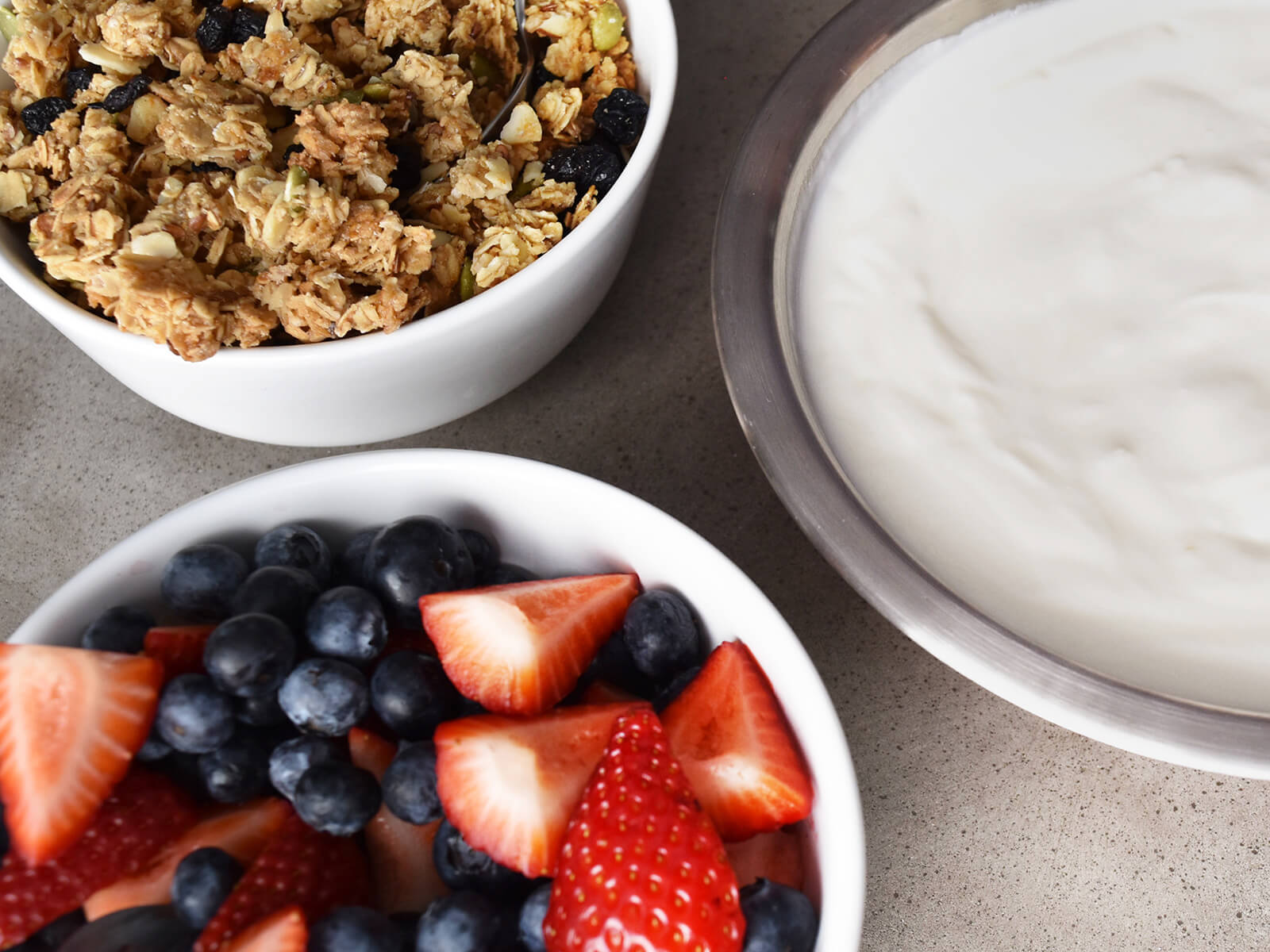 Fresh Berries & Yogurt Bar