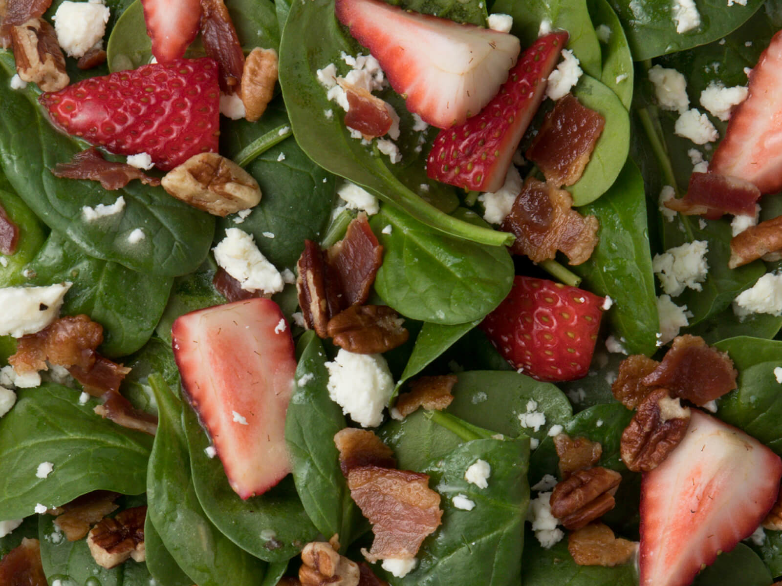 Seasonal Spinach Salade